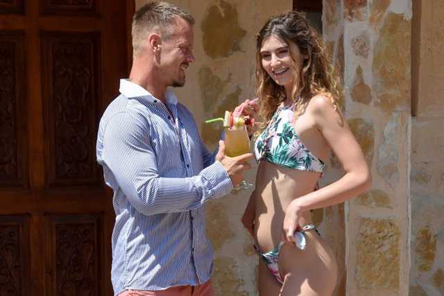 Candice Demellza - Fuck in the Sun - private discounts