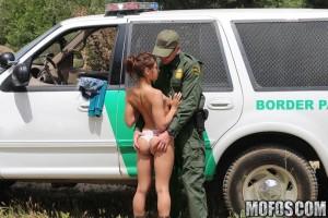 Sara BorderPatrolSex discount picture 03