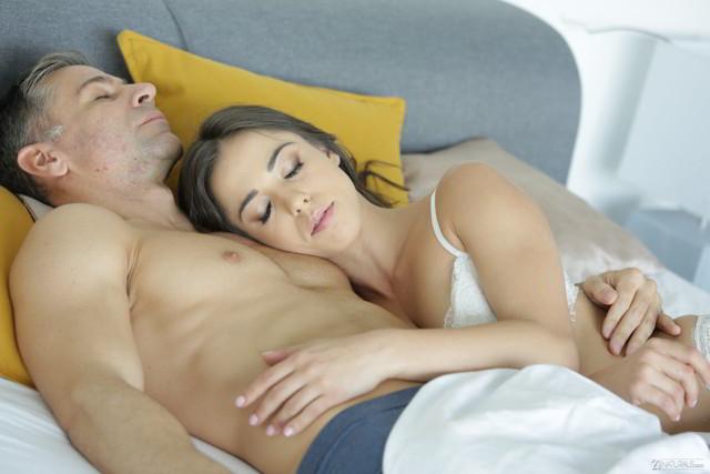 Anastasia Brokelyn - Spanish Girlfriend - 21naturals promo code