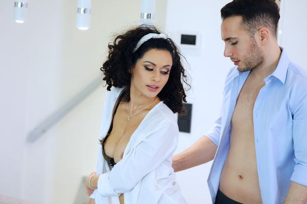 Stacy Bloom - Recharging with Anal - 21naturals discount
