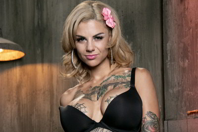 Bonnie Rotten - Bonnie Bonds With Her Neighbor - MOFOS Lab discount