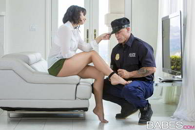 Violet Starr - House Arrest - babes HD video