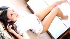 An Alluring Brunette Iwia 02