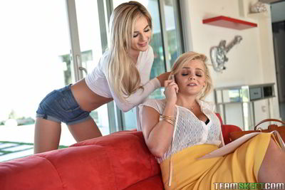Bella Rose and Katy Jayne - Watch What Your Mommy Doe - Badmilfs 1080p video