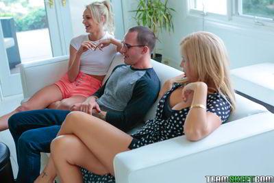 Emma Hix and Savana Styles - Sex Lessons From Mama Bear - Badmilfs movie