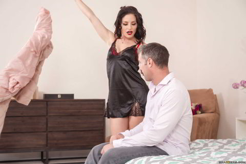 Kissa Sins - Fuck Christmas Part 2 - Brazzers ExxtraFull HD video