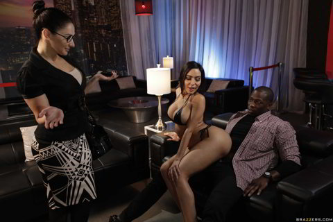 Lela Star - Laying A Hand On Lela - Brazzers Exxtra HD porn - brazzers coupon code