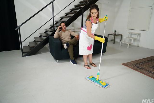 Montse Swinger - Horny MILF Housekeeping - Mylfty HD video