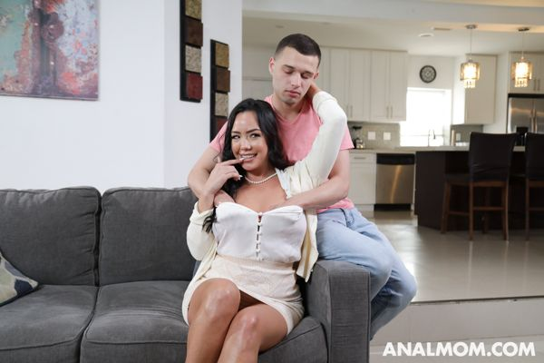 Kitten Latenight - It's Been A While - analmom hd video